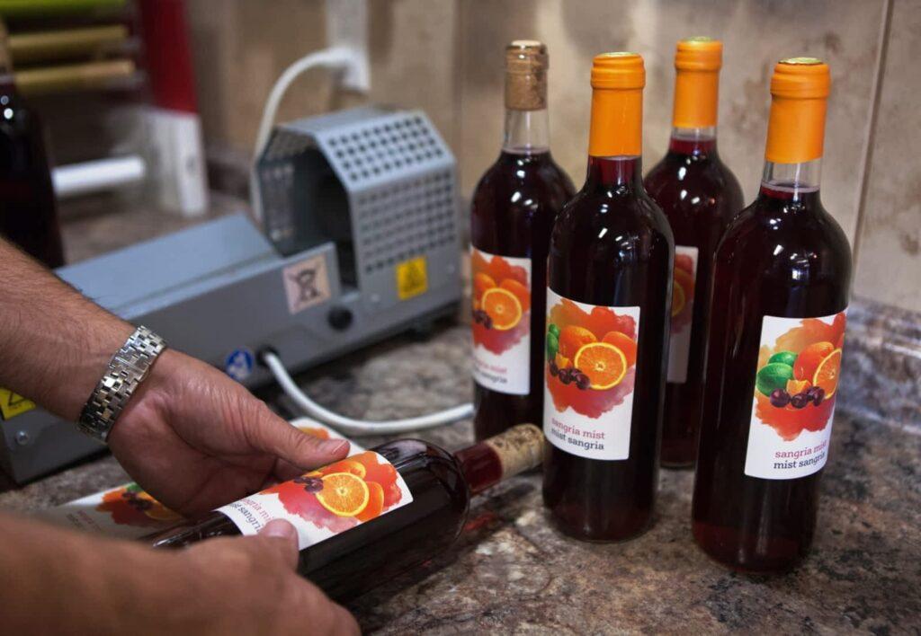 Bottle Cork Machine